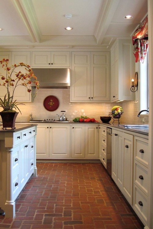 7 Ways to Update Your Kitchen With Brick